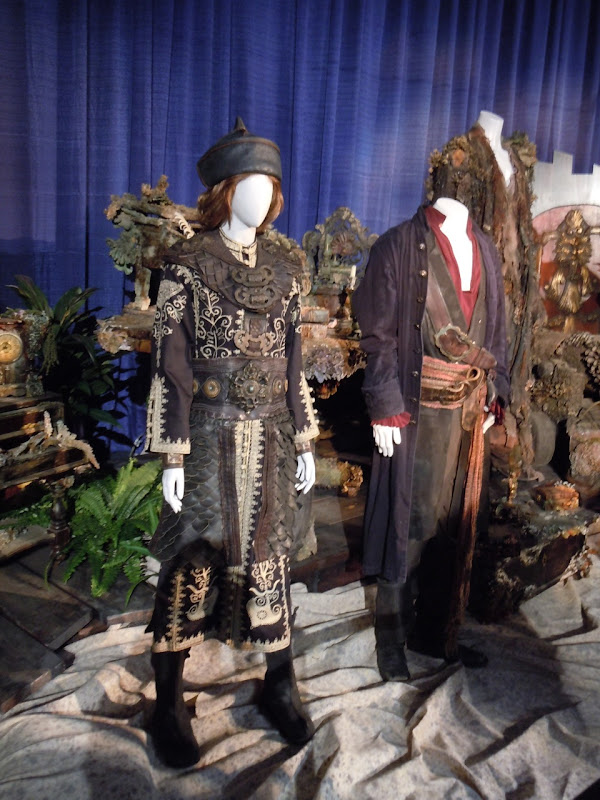 Pirates of the Caribbean 3 movie costumes