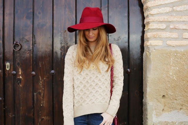 Camel jumper