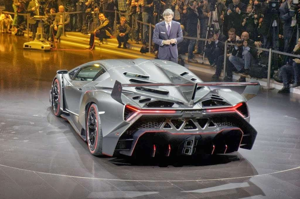 2014 Lamborghini Veneno Interior Wallpapers