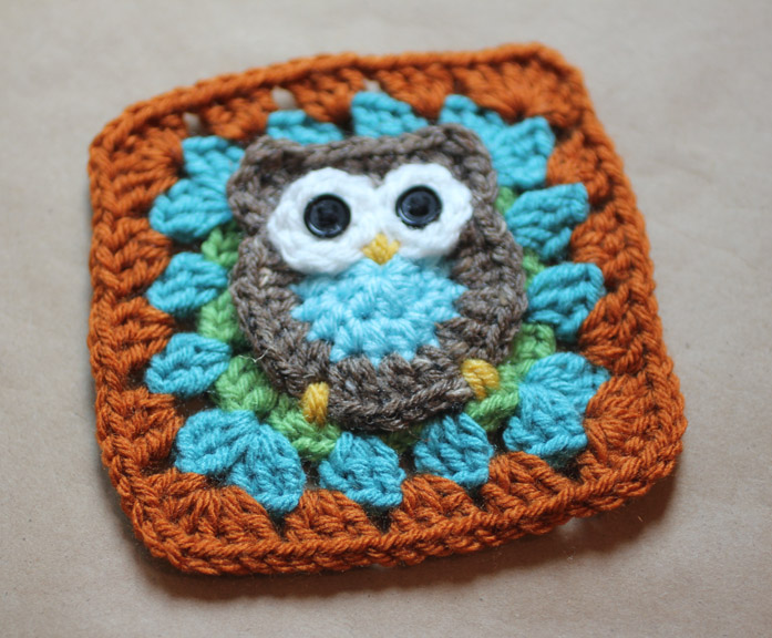 Free Crochet Pattern For Owl Afghan : Owl Granny Square Crochet Pattern - Repeat Crafter Me
