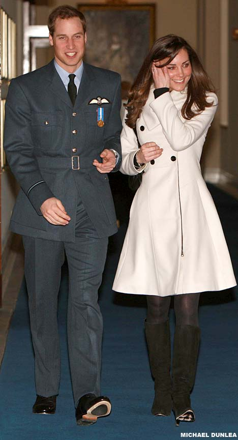 Prince+william+and+kate+middleton+kissing