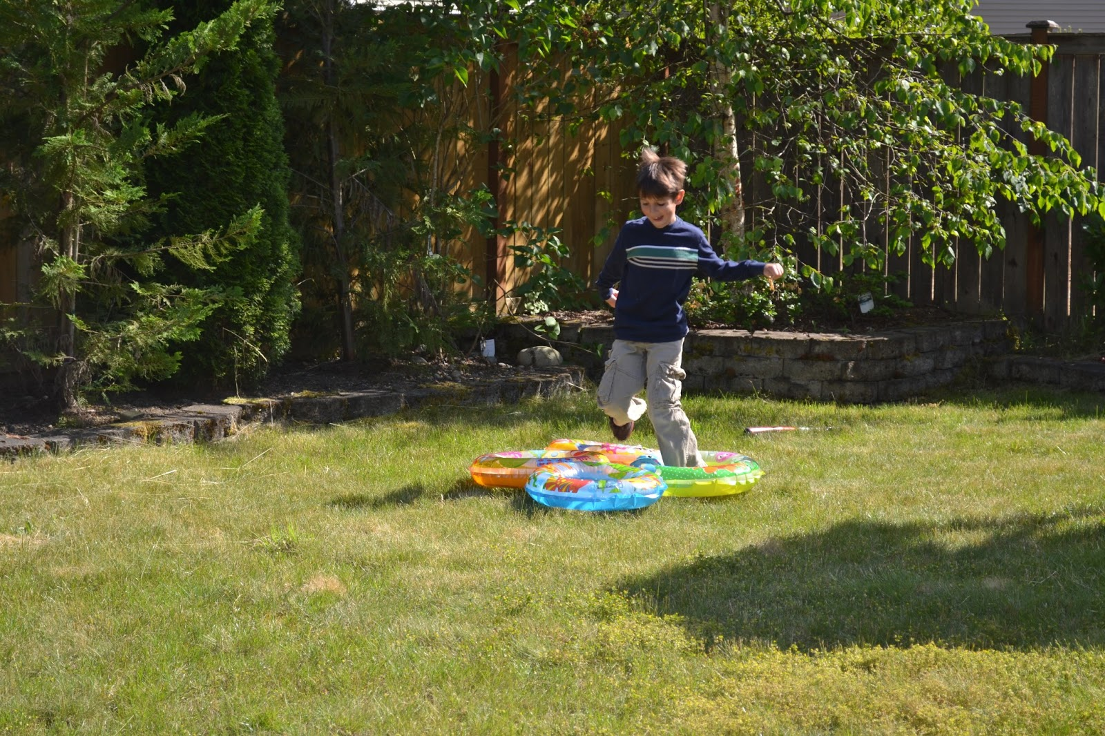 frank academy of awesomeness super easy backyard obstacle course