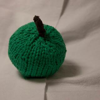 sticka frukt
