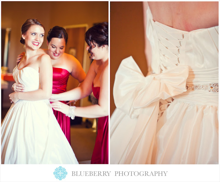 Livermore vineyard winery beautiful wedding photography bride getting ready