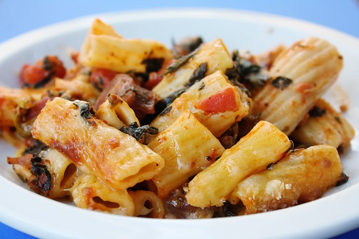 My Crowned Creations: Baked Pasta with Chicken Sausage