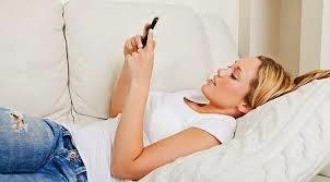 Jangan Tidur Dekat Ponsel