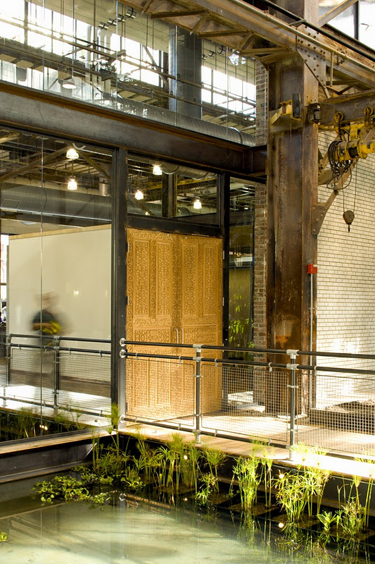 http://thinkingoutsidetheboxwood.blogspot.com/2012/01/gardens-in-workplace-urban-outfitters.html