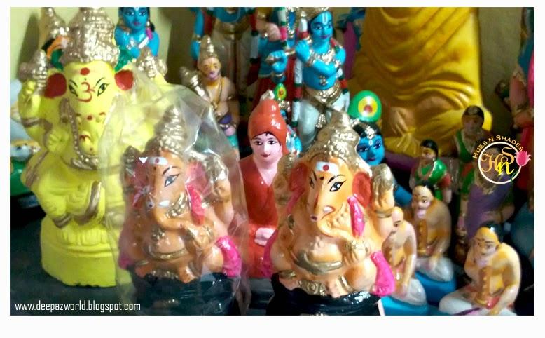 Hanuman&SwamiVivekananda-hiding-behind-Ganeshas-HnS