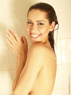 Naughty Lady - sexygirl-stani_shower_18-793201.jpg