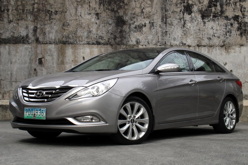 review 2012 hyundai sonata 2 4 gls premium philippine car news car reviews and prices. Black Bedroom Furniture Sets. Home Design Ideas