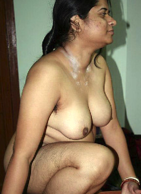 nude indian aunty