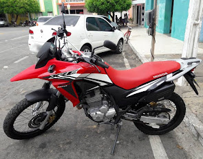 Vende-se uma Moto Honda XRE 300 ano 2016 completa em Campo Grande/RN