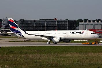 1st A321 LATAM