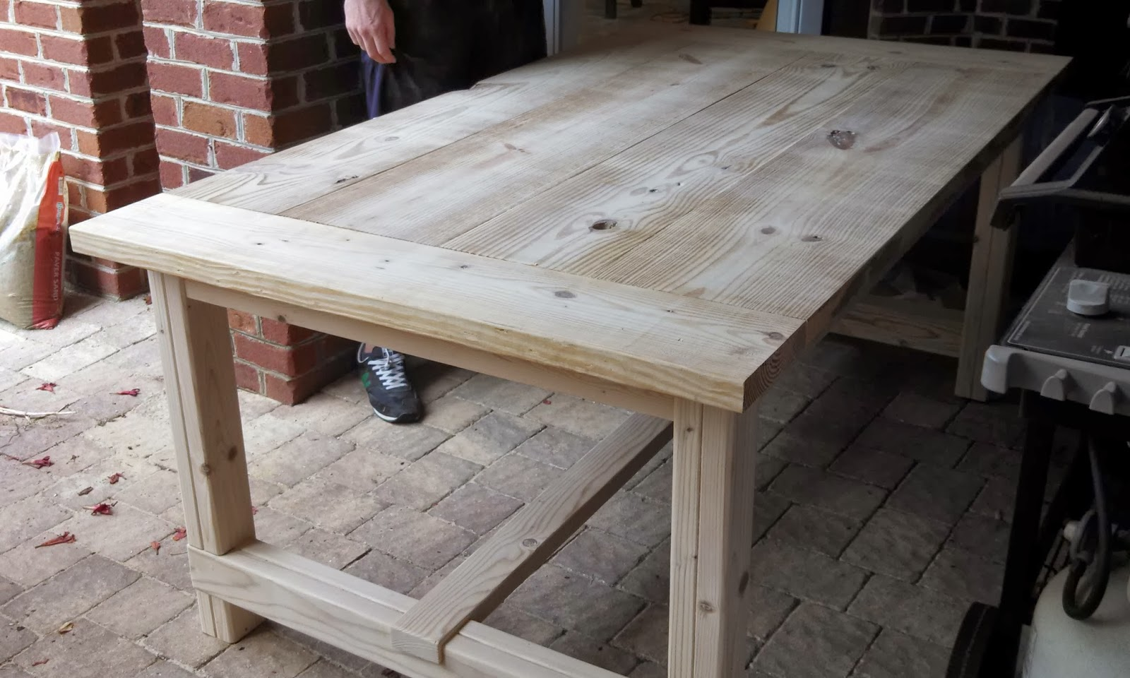 Diy farmhouse table for Building a farmhouse