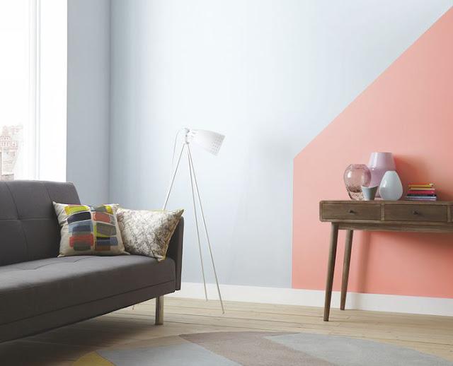 Günstiges Design mit Farbe zum Selbermachen: betonen der Einrichtung und Möbel mit Wandgestaltung