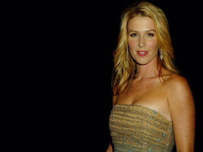Hollywood Actress Poppy Montgomery
