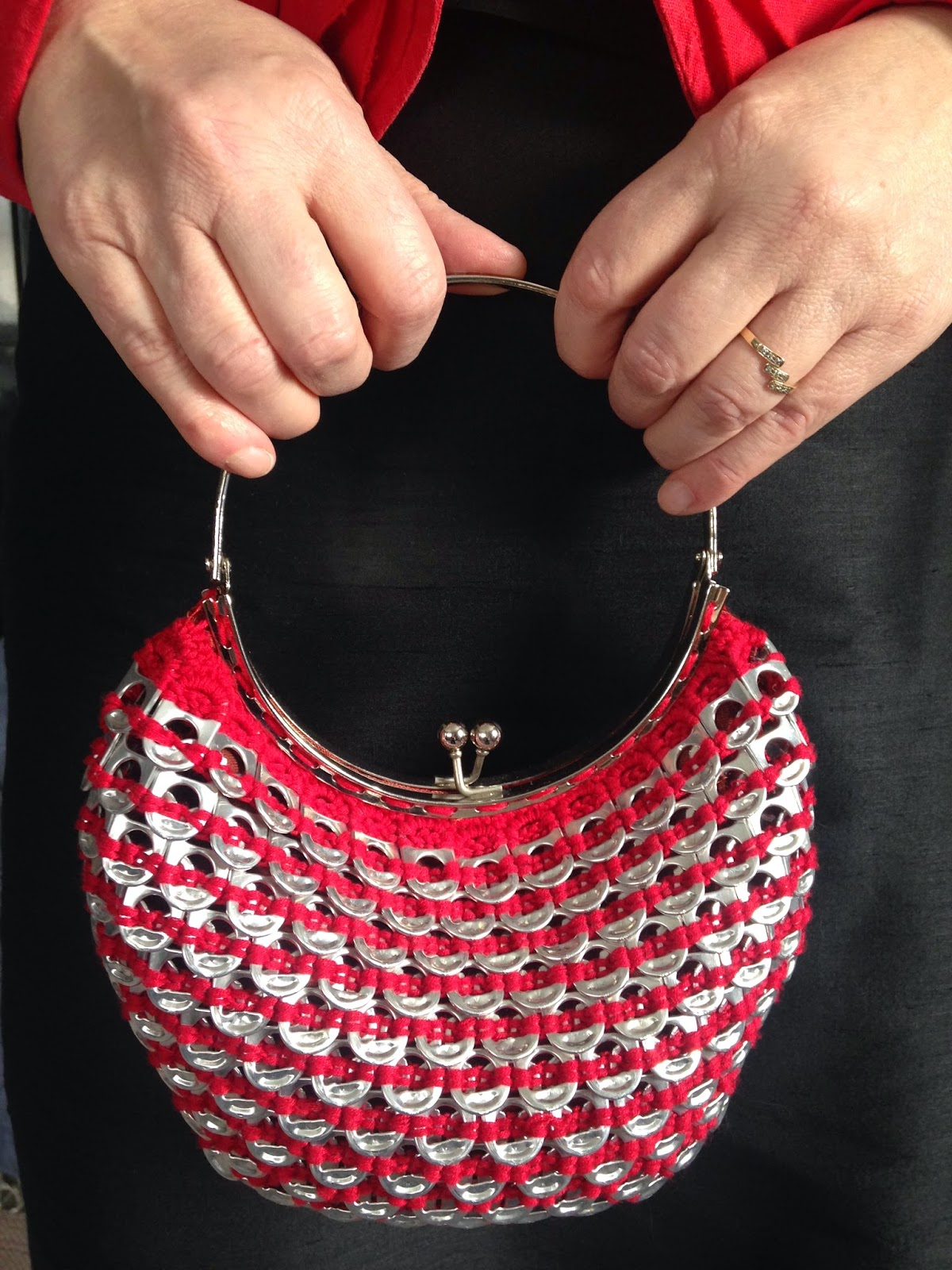 Punainen Chanel Laukku : Ilomilona punainen merenneito laukku