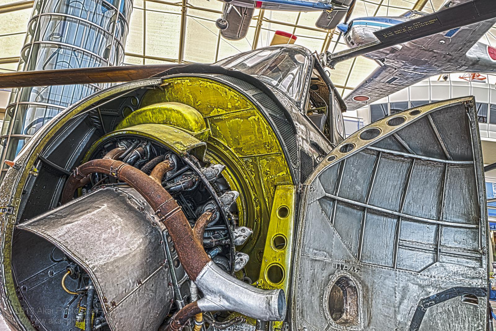 シコルスキー H-19、エンジンの写真 HDR