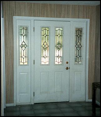 Vitrales y aluminio mayte puertas for Puertas blancas con vidrio