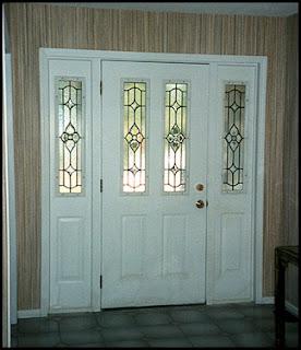 Vitrales y aluminio mayte puertas for Puertas principales de vidrio