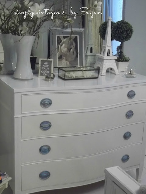 Painted, furniture,dresser, hepplewhite, white