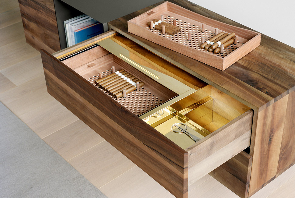 E15 Martoub Drawer Humidor Men S Gear