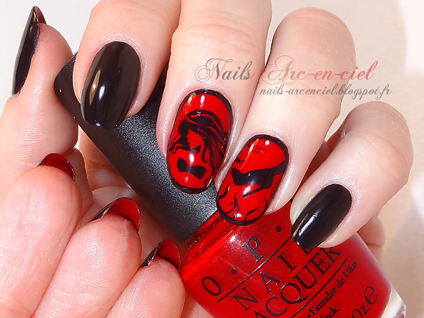 Flip manucure louboutin vernis opi big apple red opi lady in black