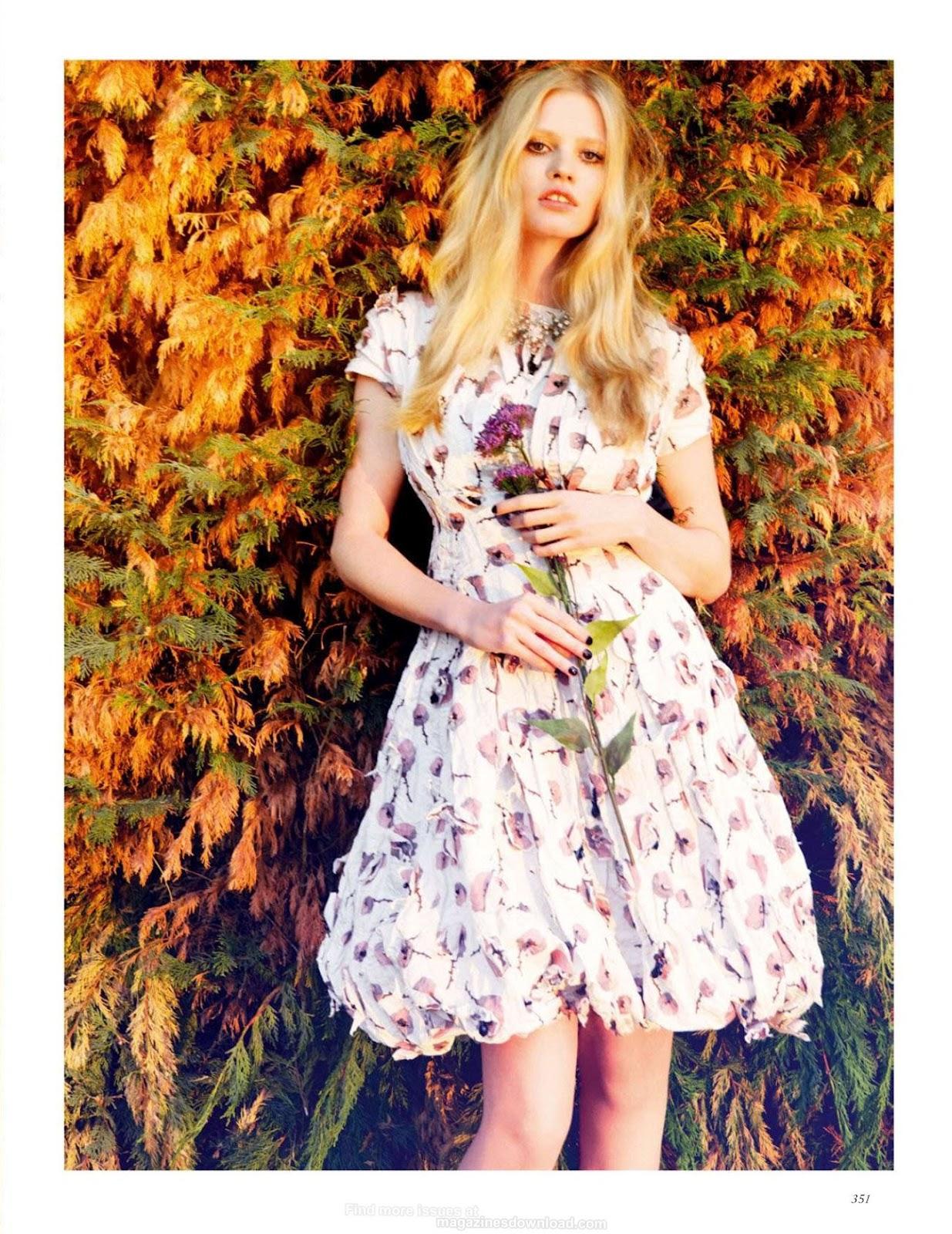 http://4.bp.blogspot.com/-bP8U-EukVIw/UCA0FJx9pAI/AAAAAAAAVOM/U0Rg265XbYI/s1600/Lara+Stone+-+Vogue+UK+September+2012+7.jpg