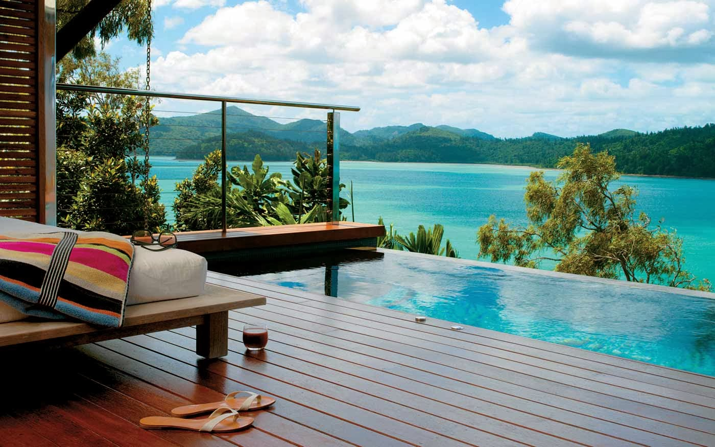 Hamilton island australia travel guide tourist for Small luxury beach hotels