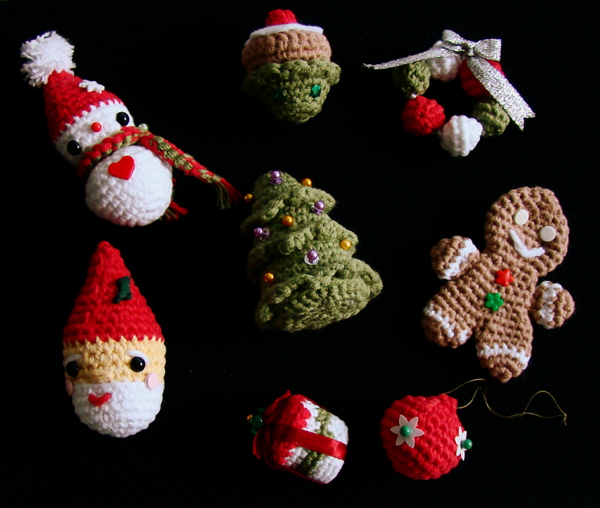 amiguria amigurumi: 8 Amigurumi Christmas Patterns for ...