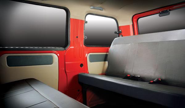 India Car Show Mahindra Launches Maximo Mini Van In India