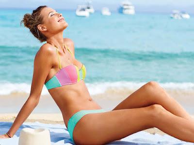 Karlie Kloss Bikini Wallpaper