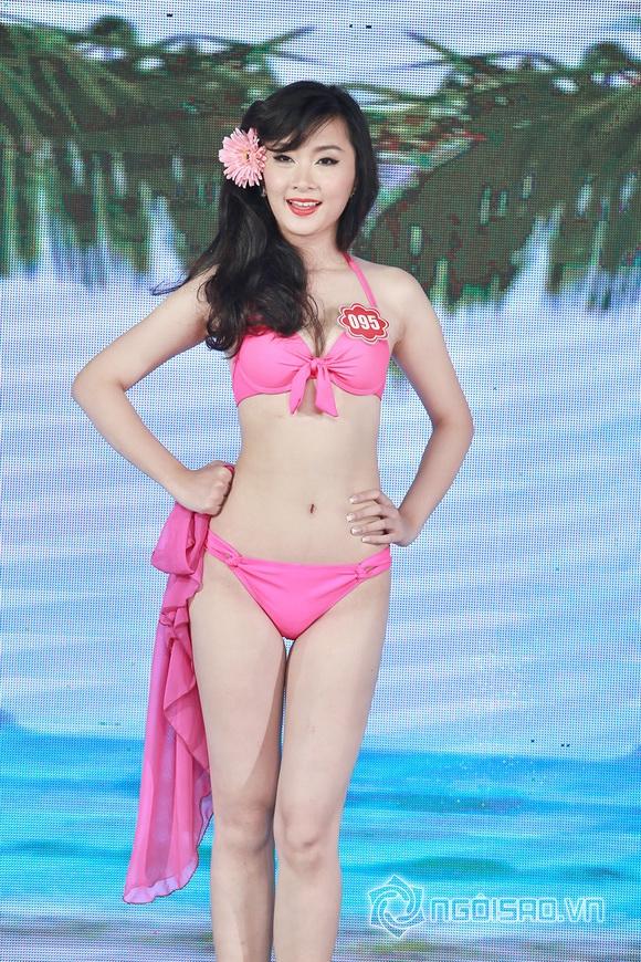 Ảnh gái xinh Hoa hậu miền bắc 2014 với bikini 23