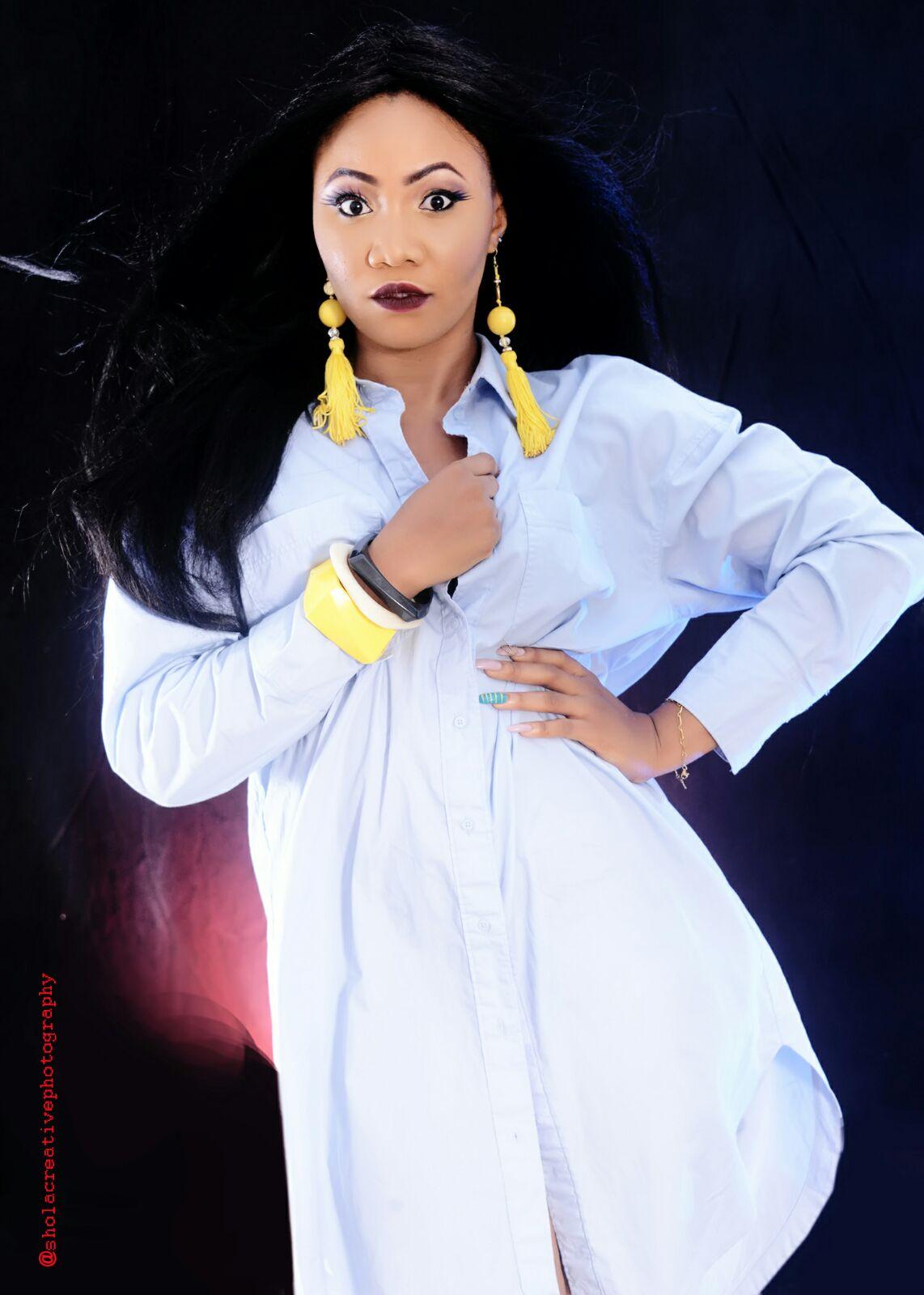 Photos: Nollywood Actress Amaka Chukwujekwu Glows In