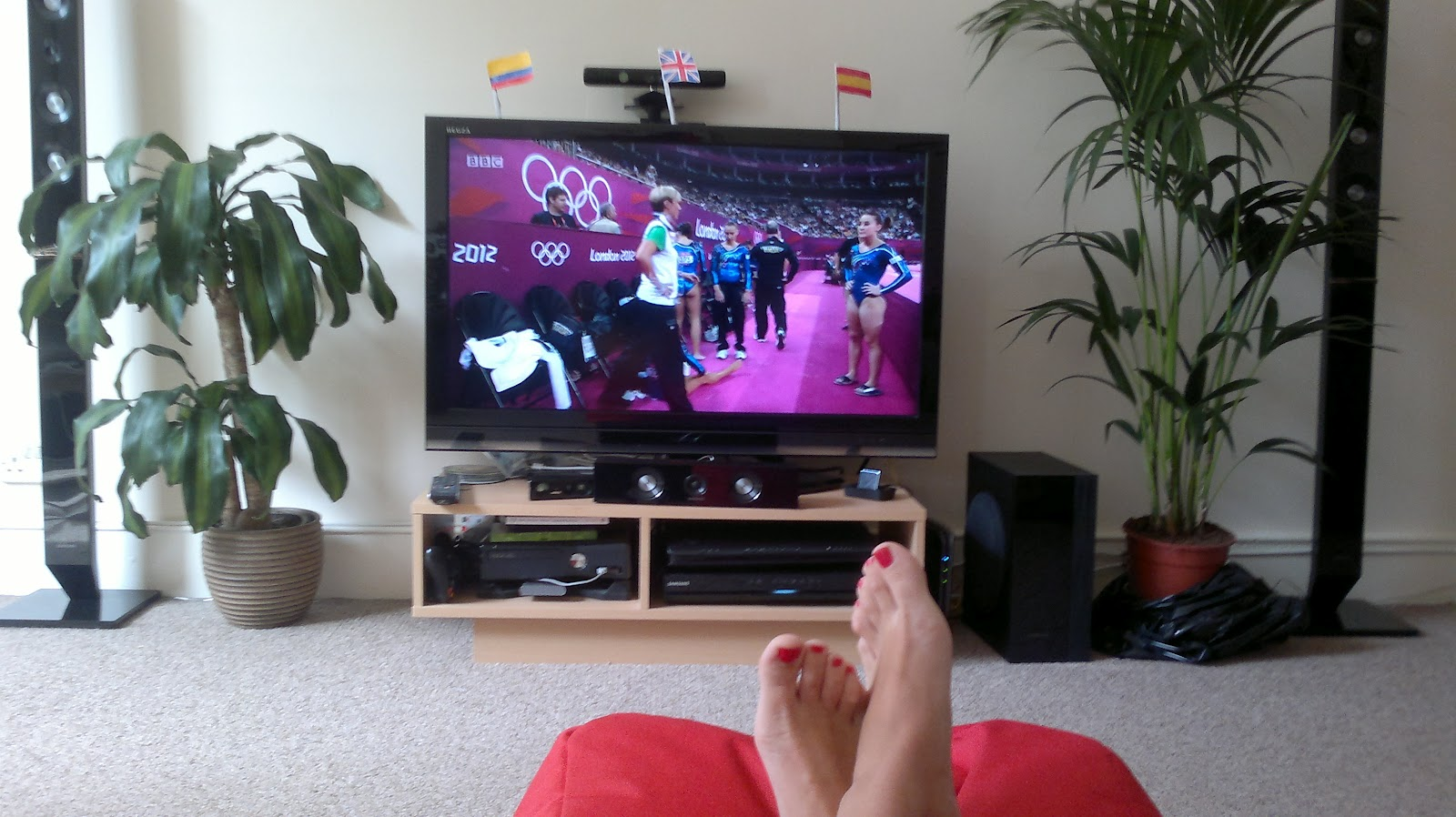 Emily Benet Hooked On The Olympics # Meuble Tv Olympo