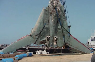 Crashed TR-3B Recovered In Broad Daylight, UFO Sightings