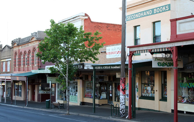 Barker Street Castlemaine Soldier and Scholar Bookstore Joyce Sanders Victoria Australia Travel