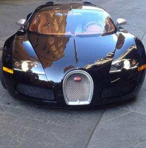 Rapper Drake gets a N2m Bugatti Veyron from label boss, Birdman