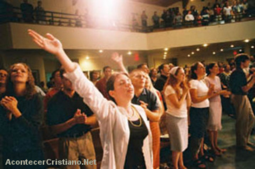 Iglesias pentecostales crecen en el mundo