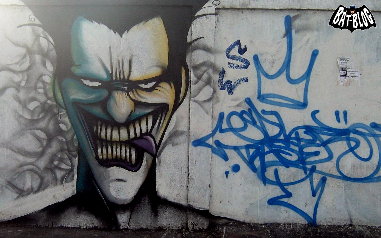 Batman THE JOKER Graffiti Wall Mural Art Spotted in Chile!