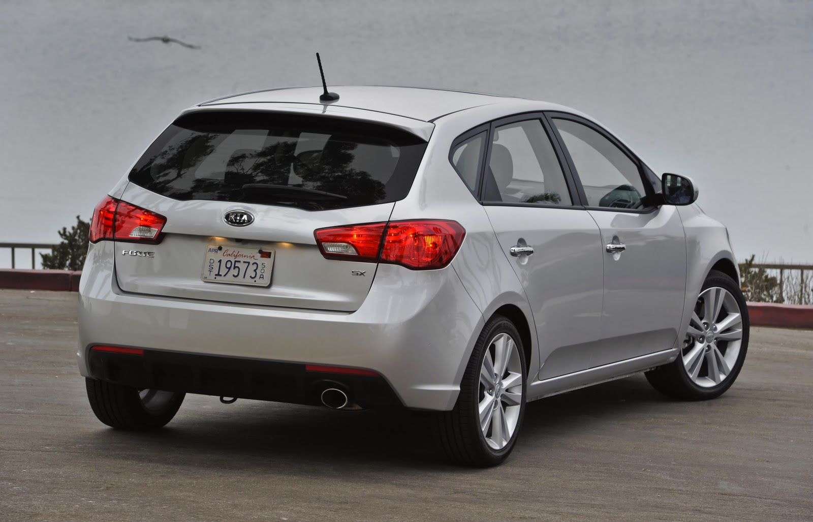 Pros kia has come a long way over the past few years our top end kia forte sx hatchback was equipped with such optional features as heated front leather