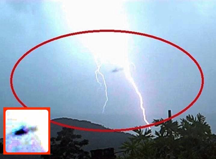 UFO SIGHTINGS DAILY UFO Causes Lightning Storm Over Rio de
