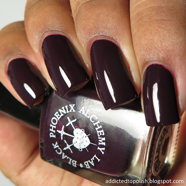black phoenix alchemy lab spellbound claw polish