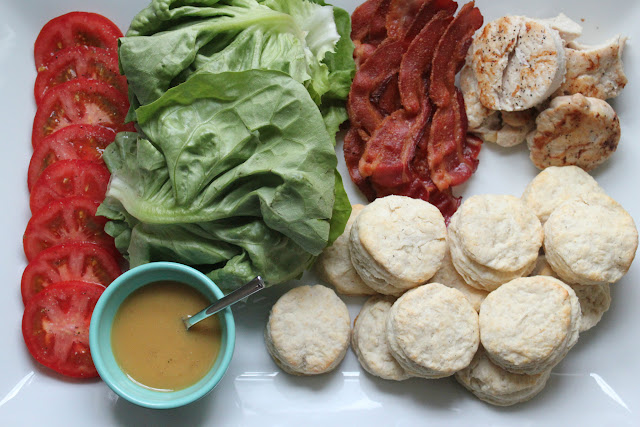 BLT biscuit bar