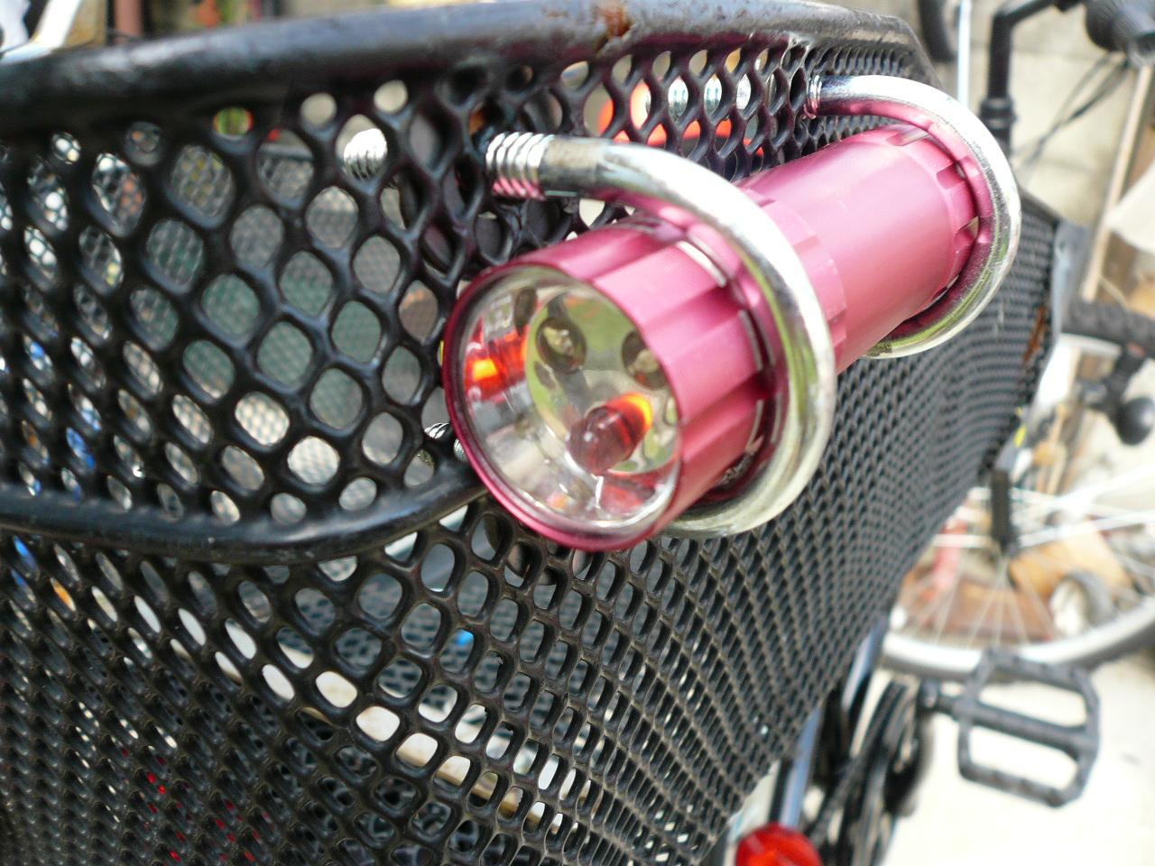 赤い自転車: 100均 LEDライトの ...