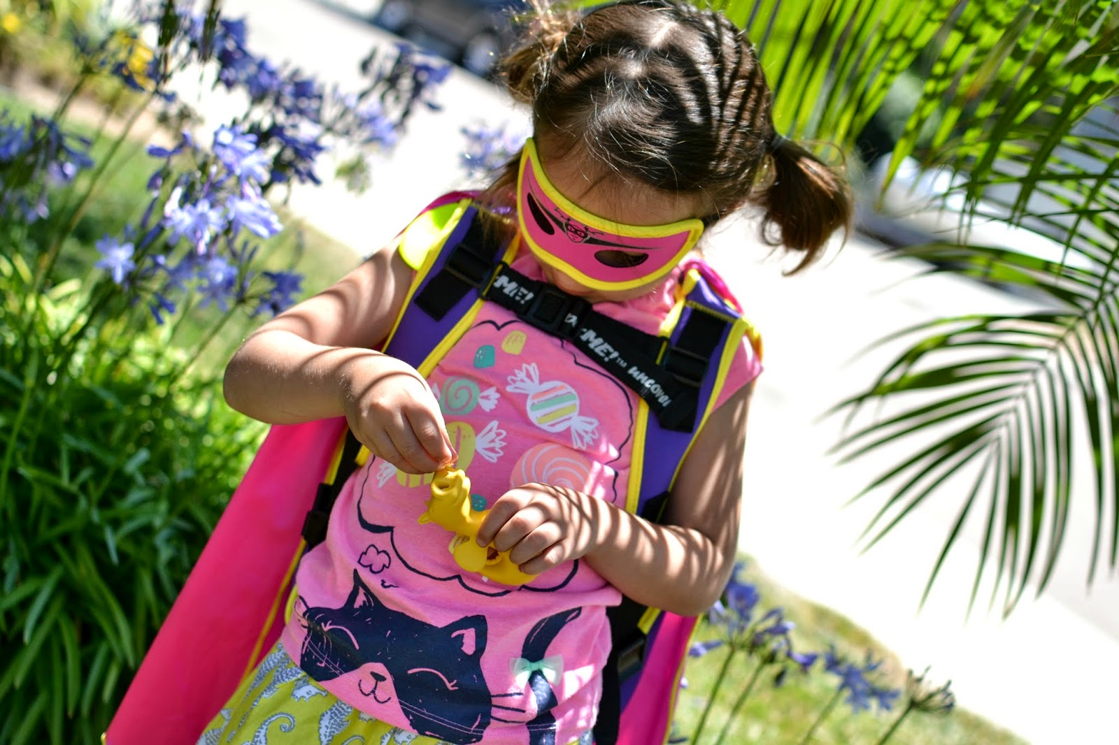 Mommy Testers, super hero dress up for girls, super hero gear for girls, super hero backpack, SuperME backpack