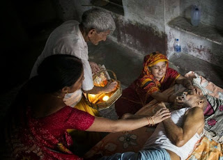 Moksha-Mumukshu Bhawan (Home for the Ailing) Varanasi to break the cycle of death and rebirth