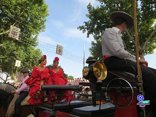 Feria de Sevilla 2014 Rojo cruzcampo