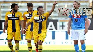 Bandar Bola - Napoli harus puas dengan satu poin saat bertandang ke markas tim juru kunci, Parma
