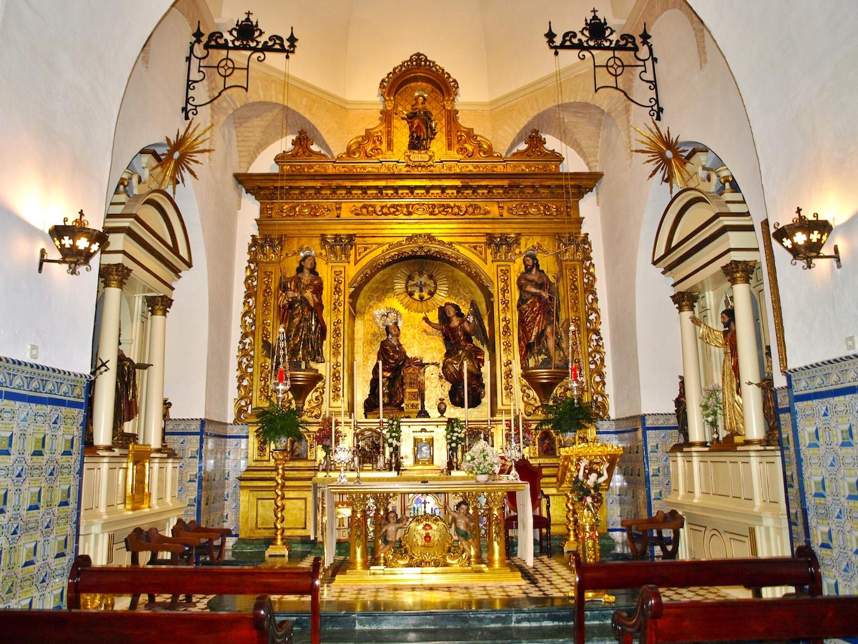 Sevilla daily photo el retablo mayor de la iglesia del for La fabrica del mueble sevilla